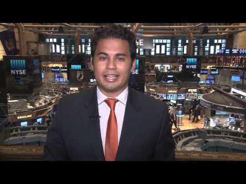 Closing Bell Happy Hour: Stocks edge lower, Lululemon soars, RadioShack rebound