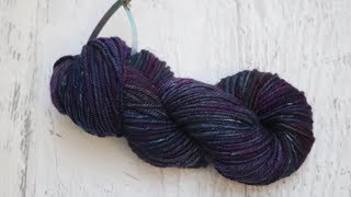 Dyepot PS #8 - Dyeing Handspun Wool Yarn with Food Coloring
