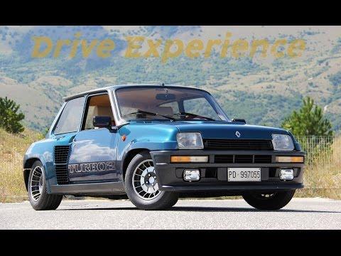 Renault 5 Turbo 2 - Inserito da Davide Cironi il 6 agosto 2015 durata 12 minuti e 21 secondi - La Gruppo B stradale sorellina della Maxi mi ha messo a dura prova; 40 gradi fuori e non so quanti dentro questa piccola trappola francese, con il motore a pochi centimetri dalla schiena che scoppietta e scalcia.