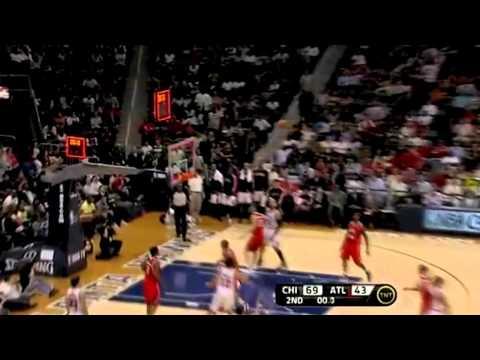 Derrick Rose, Luol Deng, & Chicago Bulls takes over Philips Arena 3/22/11