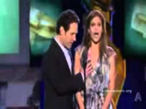Giler Aktor Paul Rudd Memegang Payudara Eva Mendes Di Live Show ...