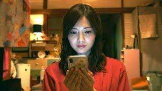 女子每天在網上炫富,實際天天在家吃泡麵,你身邊有這種人嗎?