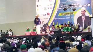 TKI Korea MENANGIS TOBAT bersama KH. Anwar Zahid  di Gumi Korea Selatan