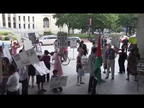 Anti-Israel Protesters: 'U.S.A. Is The Biggest Terrorist Organization' klip izle