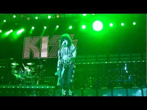 KISSONLINE EXCLUSIVE quotMODERN DAY DELILAHquot LIVE IN HOLLYWOOD
