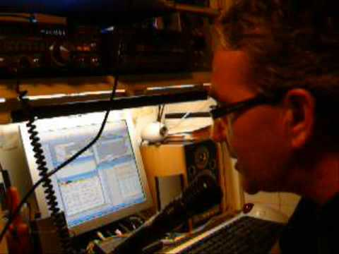 HAM RADIO CONTACT VK3MO vs CT2GSN