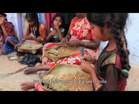 Les filles rouleuses de tabac en Inde