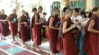Lunchtime at Kha Khat Wain Kyaung Monastery in Bago , in Myanmar