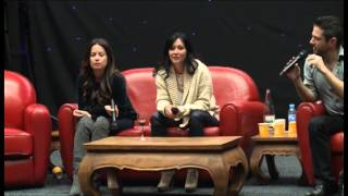 Holly Marie Combs and Shannen Doherty Charmed Convention Panel Part 1.