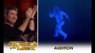 The Most AMAZING Multimedia Act Gets A Simon Cowell Standing Ovation! | America's Got Talent 2018