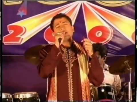 Aisi lagi lagan Anup Jalota Bhajan-Sung by Amikar  L&T IES Dhoom...