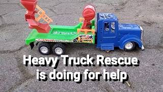 Toy for kid : Rescue Truck is helping Trapped Heavy Cars