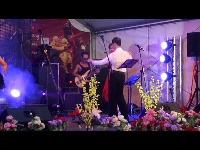 Chiều Tây Đô - Ca Sĩ Băng Châu trình diển tại Hội Chợ Tết Footscray Chủ Nhật 02.02.2014