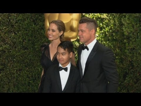 Angelina Jolie Stuns At Governors Awards With Brad Pitt And Son Maddox video