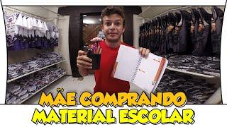 MÃE COMPRANDO MATERIAL ESCOLAR