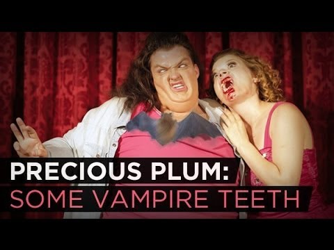 Precious Plum: Some Vampire Teeth