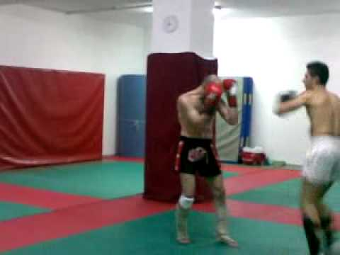 gianfranco ponte: sparring kick boxing  vincenzo 2° r Image 1