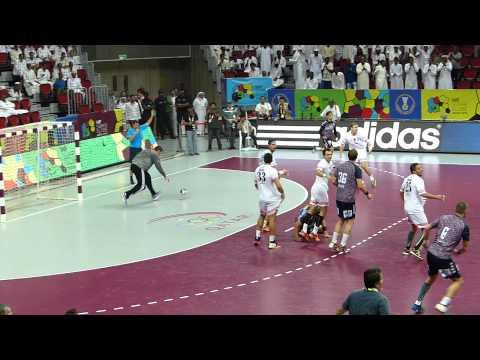 Fuchse Berlin win IHF Super Globe 2015