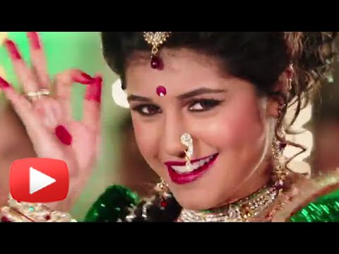 Sanskruti Balgude's Hot Lavani Dance In Sanngto Aika - Fantastic - Marathi Song video