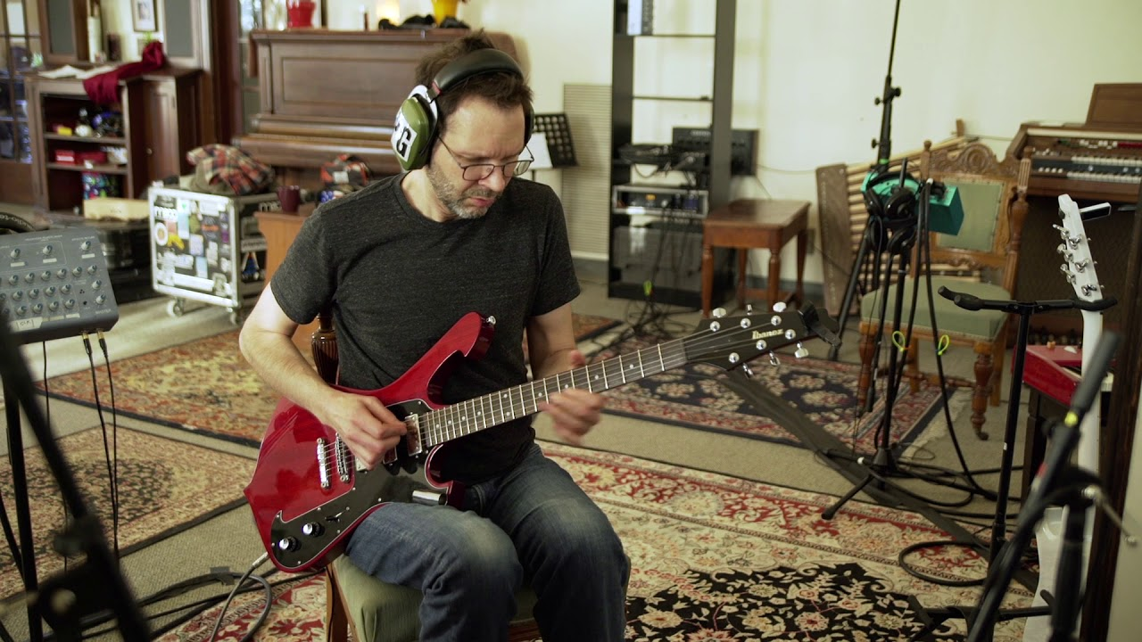 """Paul Gilbert - """"Things Can Walk To You""""のMVを公開 新譜「Behold Electric Guitar」2019年5月17日発売予定 thm Music info Clip"""