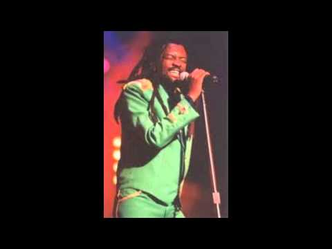 Lucky Dube - Live in 1998 3/4