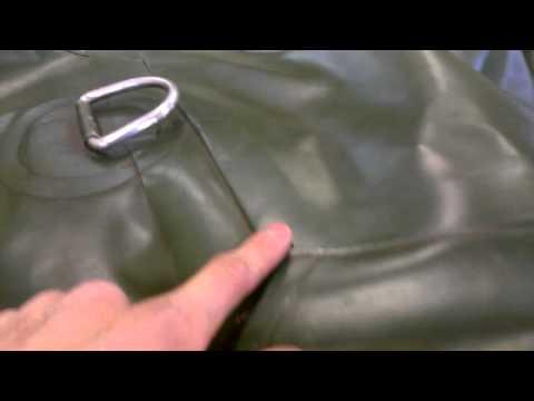 как правильно клеить клапан на лодке
