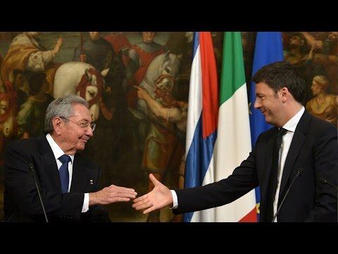 Raúl Castro se reúne con Matteo Renzi en Italia