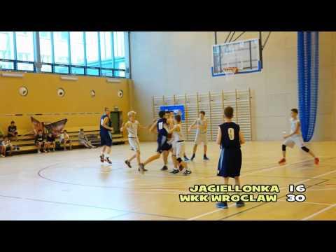 Fina�owy mecz koszykówki w turnieju Future for Basket II 2014 pomi�dzy UKS Jagiellonka Warszawa a WKK Wroc�aw o 1 miejsce w klasie U-13 (rocznik 2001). Warszawa, 22.06.2014. Jagiellonka...