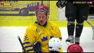 Peter Forsberg gets in disguise and fools Swedish veteran mens team