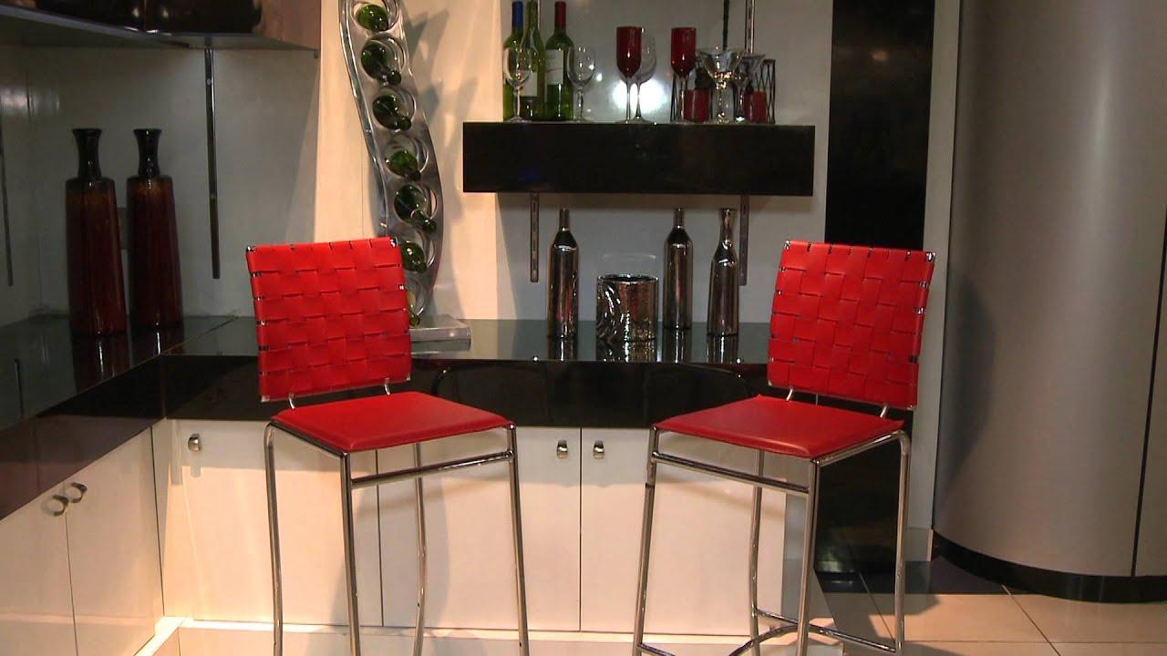 Accesorios para un mini bar en casa nuestro hogar tv for Casa accesorios hogar