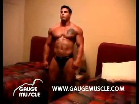 Gauge Confidently Flexing His Muscle video