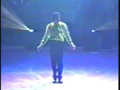 Michael Jackson rehearsing Human Nature - This Is It Tour, Clip From Movie