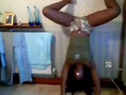 Bisi a naija girl dancing to reggae