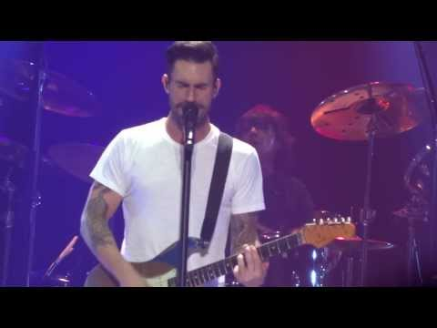Maroon 5 - Tangled - live Manchester 13 january 2014 - HD