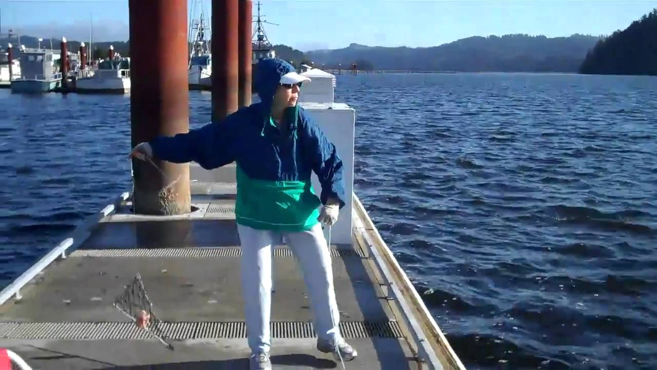 Crab max fishing in siuslaw river florence oregon for Oregon out of state fishing license