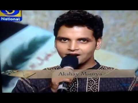 kavita krishnamurti ji singing mohabbat ki jhooti kahani pe...