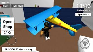 A gameplay of hide and seek on ROBLOX