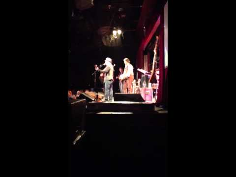 Paul Simon and Jerry Douglas play the Boxer at BB King Blue