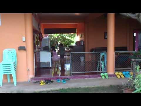 Roaming around Panviman guesthouse at Amphawa, Bangkok
