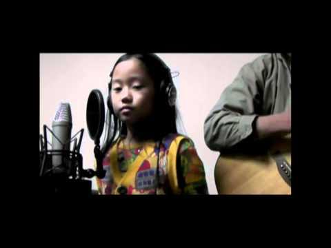 Download Lagu YUI-umbrella covered by hannah 02a MP3 Free