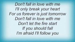 Watch Barry Manilow Dont Fall In Love With Me video