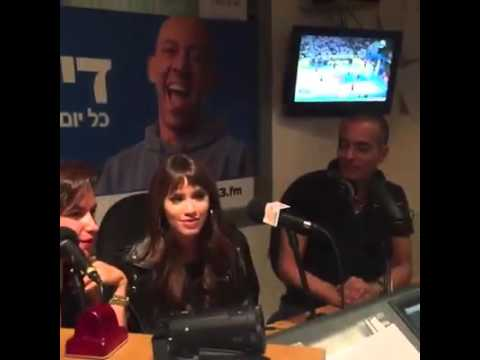 Nota a Lali Esposito en Radio de Israel 103 FM