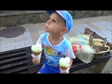 #Анапа  22.09.2018 Празднование Дня города/ Кучи водорослей на Центральном пляже