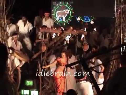 Youtube - Arya 2 Video Songs And Scenes - Telugu Cinema Trailers - Allu Arjun.flv.flv video