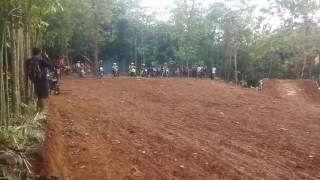 download lagu Sesi Latihan Sirkuit Cigembong Situraja Sumedang gratis
