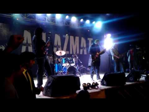 Ali Azmat Live (sings Bomb Bomb Phata) at FAST Islamabad AVAAZ...
