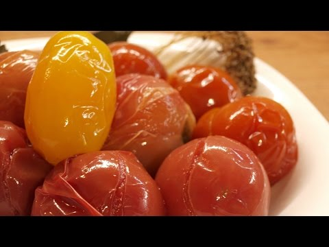 Квашеные помидоры / Naturally fermented salted tomatoes
