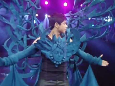 Bench Fashion Show 2012 Coco Martin at Bench Universe