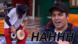 Kang Sule Main Gendang Sambil Jalan Bikin Kevin Julio Nganga  from Ini Talk Show