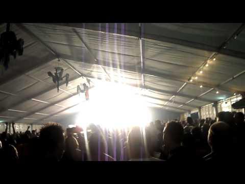 Normaal - Oerend Hard (live Beekbergen 27-08-'10)